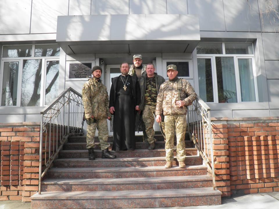 Військові нагородили священиків УПЦ за допомогу в зоні АТО