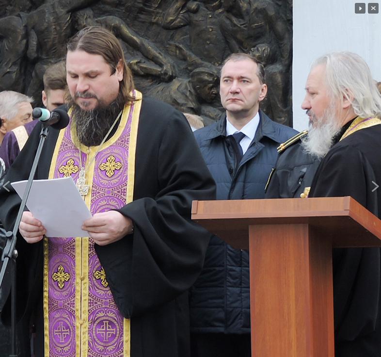 Священники УПЦ укрепляют в Крыму семейные и военные традиции для процветания России