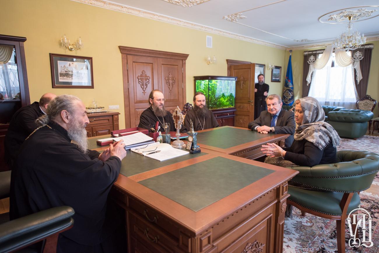 Президент України дякує УПЦ за миротворчу місію та внесок у звільнення з полону військовослужбовців