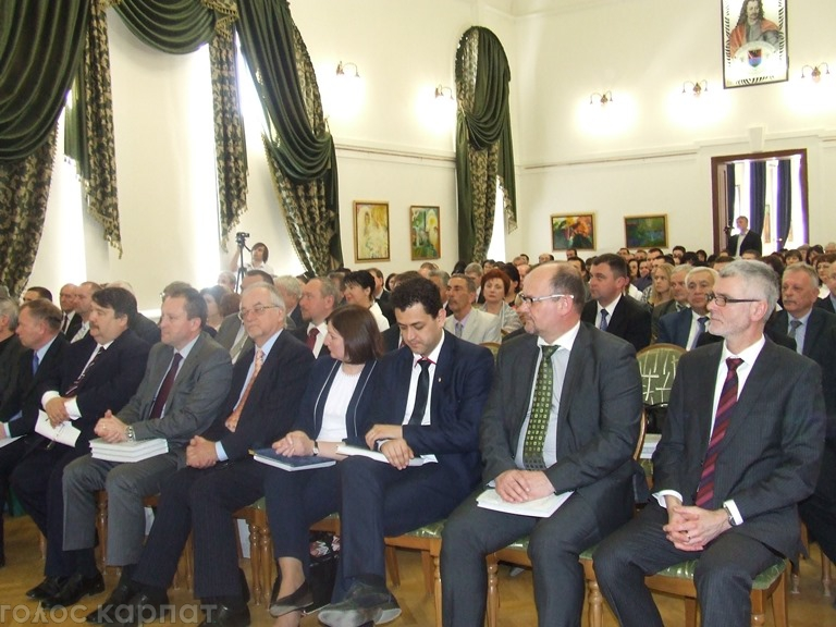 Духовенство привітало з 20-річчям Закарпатський угорський інститут імені Ференца Ракоці