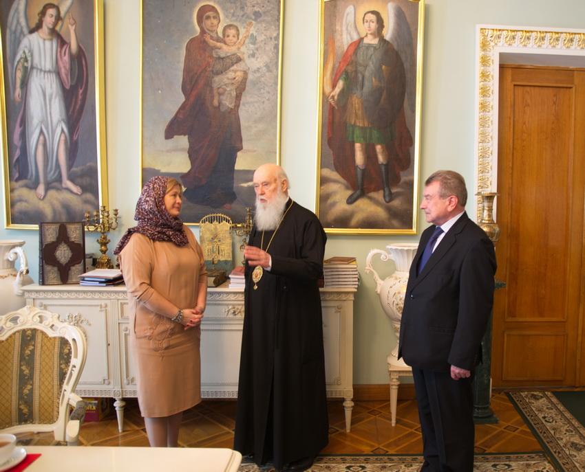 Глава УПЦ КП обговорив коло питань з Уповноваженим Президента з мирного врегулювання конфлікту на Донбасі