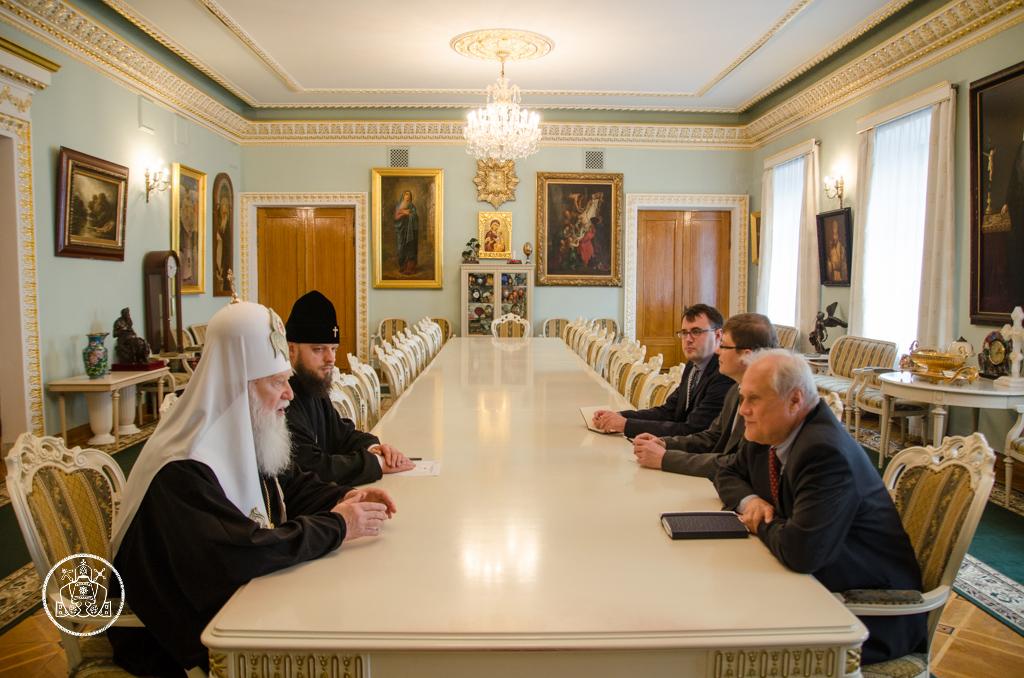 Глава УПЦ КП розповів представникам ОБСЄ про важелі впливу проти російської агресії