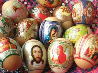 Верующие УПЦ начали кампанию против пасхальных наклеек