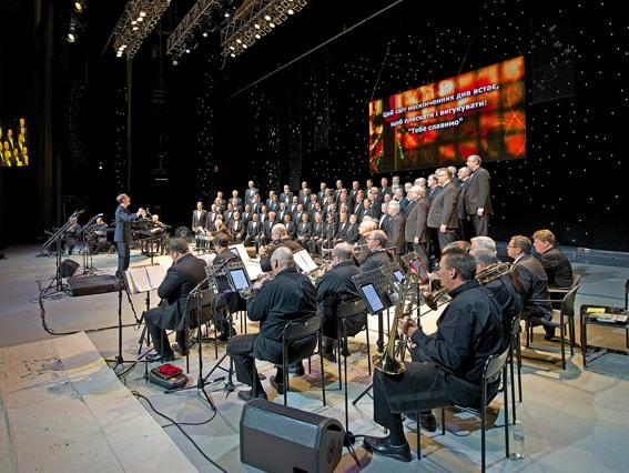 Техасский хор и евангелист Майкл Готт проведут тур по городам Украины