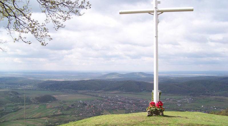 "У карпатських селах священики стають ""альпіністами"""
