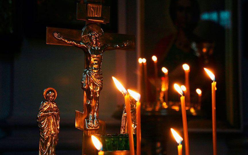 УПЦ КП молитиметься за жертв депортації «Вісла», а УПЦ (МП) — за трудівників виробництва