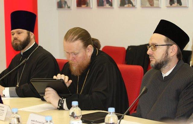 Судді і служителі Церков дискутували про справедливе судочинство