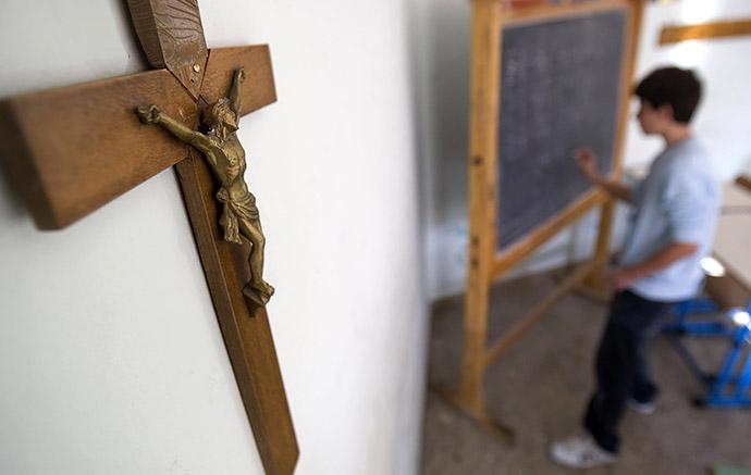 ПАРЄ захистила право батьків виховувати дітей на основі релігійної моралі