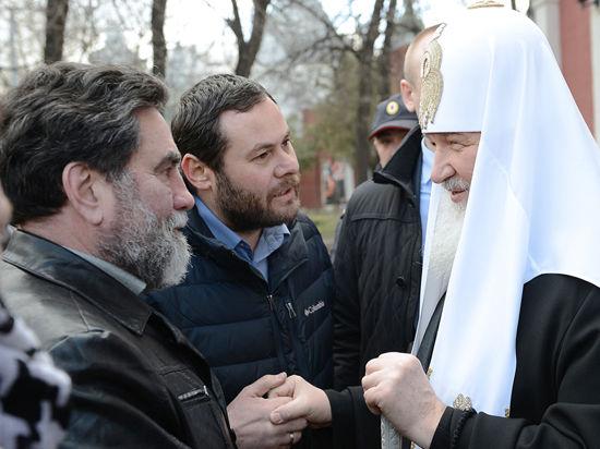 Патриарх Кирилл избирательно поминает в молитвах участников противостояния в Украине 2014 года