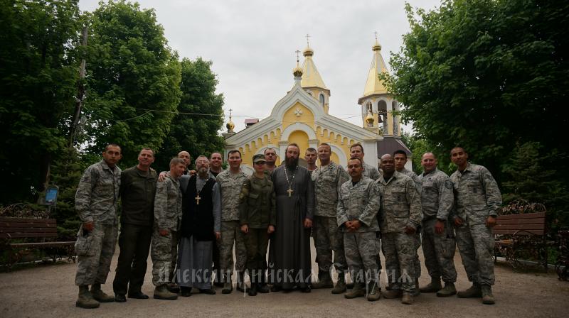Військові США помолилися у храмі УПЦ