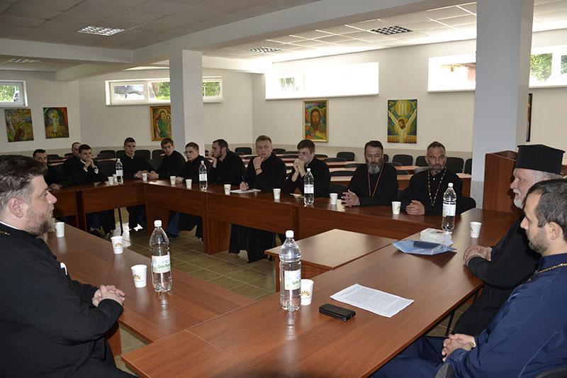 В УАПЦ провели круглий стіл, на якому розповіли про канонічно-історичний шлях відновлення єпископату