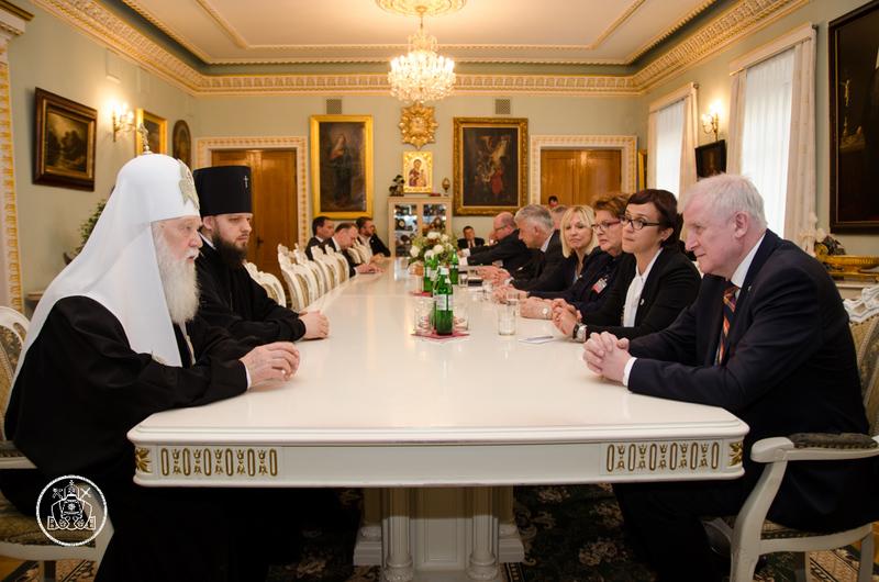 Патріарх Філарет обговорив з прем