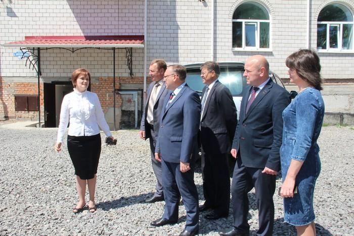 Голова Вінницької ОДА відвідав молитовний дім та навчально-виховний комплекс адвентистів