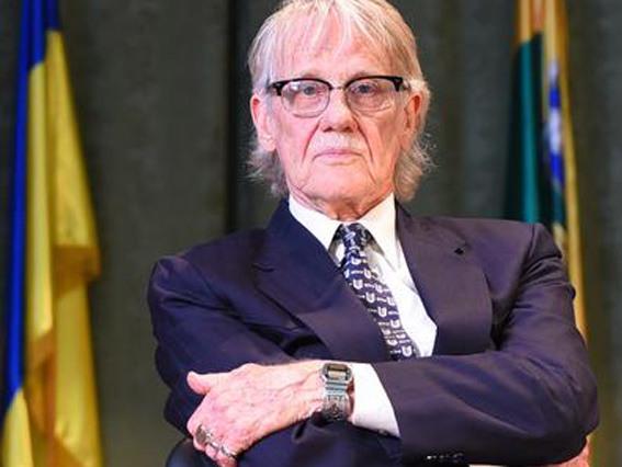 Нобелевский лауреат, соавтор книги о влиянии Реформации на экономику начал тур по Украине