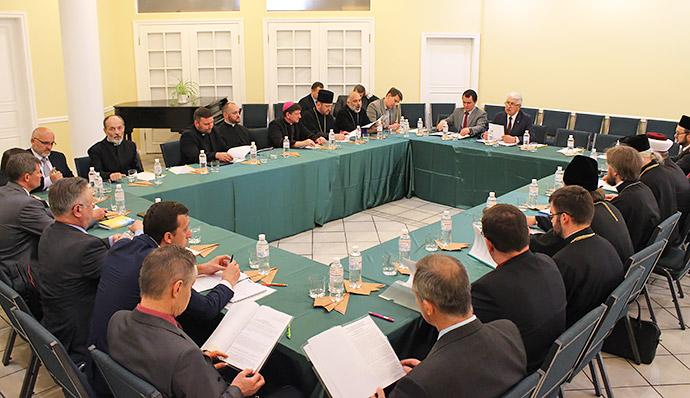 Всеукраїнська Рада Церков ініціює на законодавчому рівні визнати особливий статус релігійних організацій