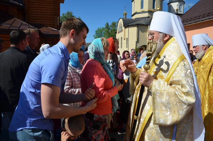 Першоієрарх РПЦЗ відвідав монастир УПЦ на Волині