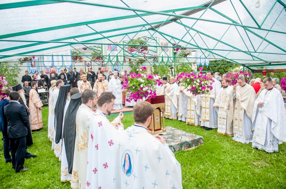 Єпископи УПЦ КП звершили літургію у найбільшому православному монастирі Польщі