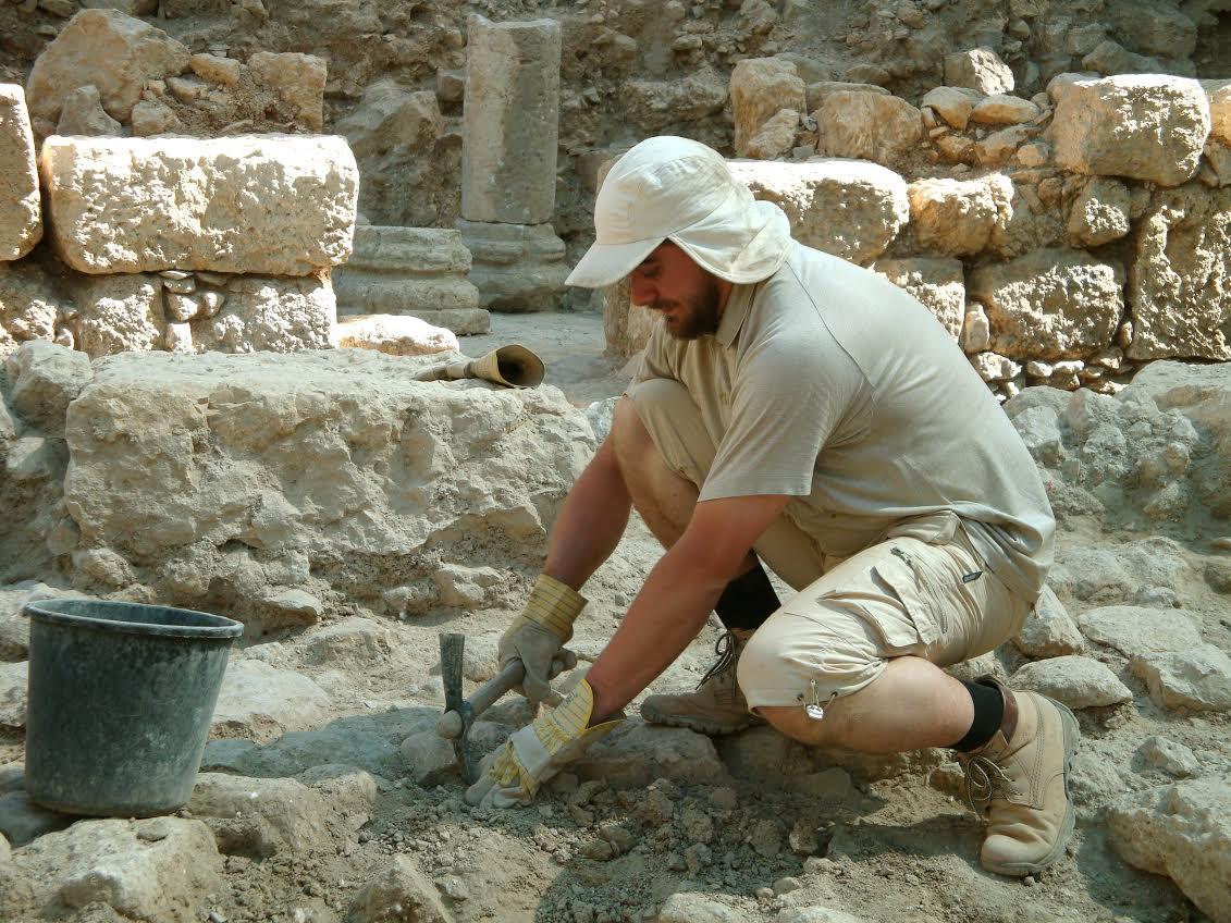 Священник-семитолог Олег Скнарь: «Археологические раскопки дали нам поразительную информацию!»