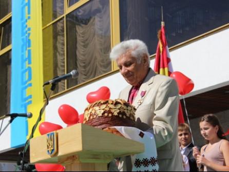 Бывший депутат рассказал, что ему пришлось уговаривать владыку Агафангела проголосовать за законопроект о церковных праздниках