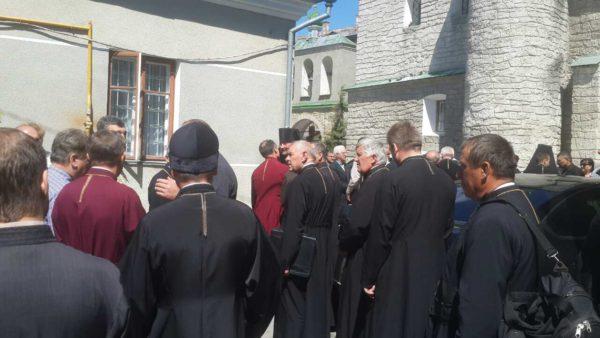 Криза в УАПЦ минула: митрополит Макарій залишається на посаді