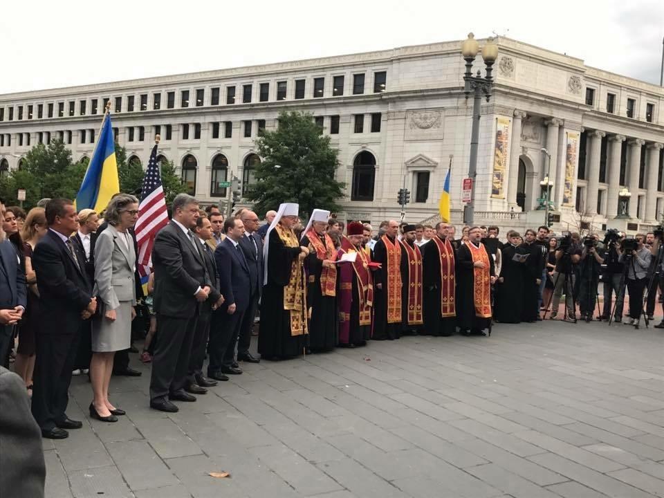 Президент України зустрівся з главою УПЦ в США (Константинопольського Патріархату)