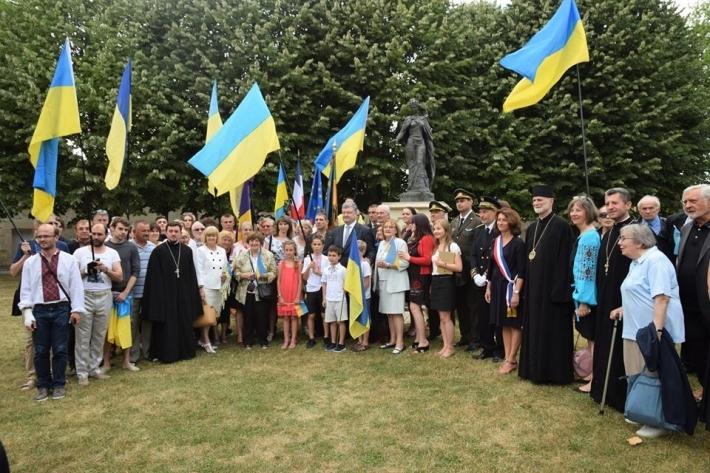 Президент України подякував єпископу УГКЦ і пообіцяв підтримку Культурному центру Анни Ярославни у Франції