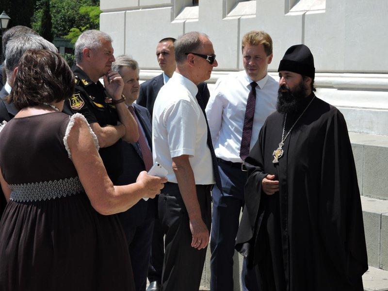 Собор УПЦ посетил секретарь Совета безопасности РФ, доверчивый к телепатии и парапсихологии