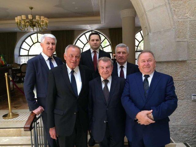 Українська делегація взяла участь у першому Національному молитовному сніданку у кнесеті Ізраїля