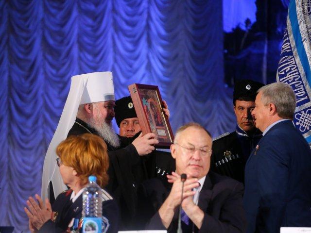 УПЦ/РПЦ и казаки, воевавшие против Украины, провели в Севастополе форум по казачьему единству, охране границ России и т.д.