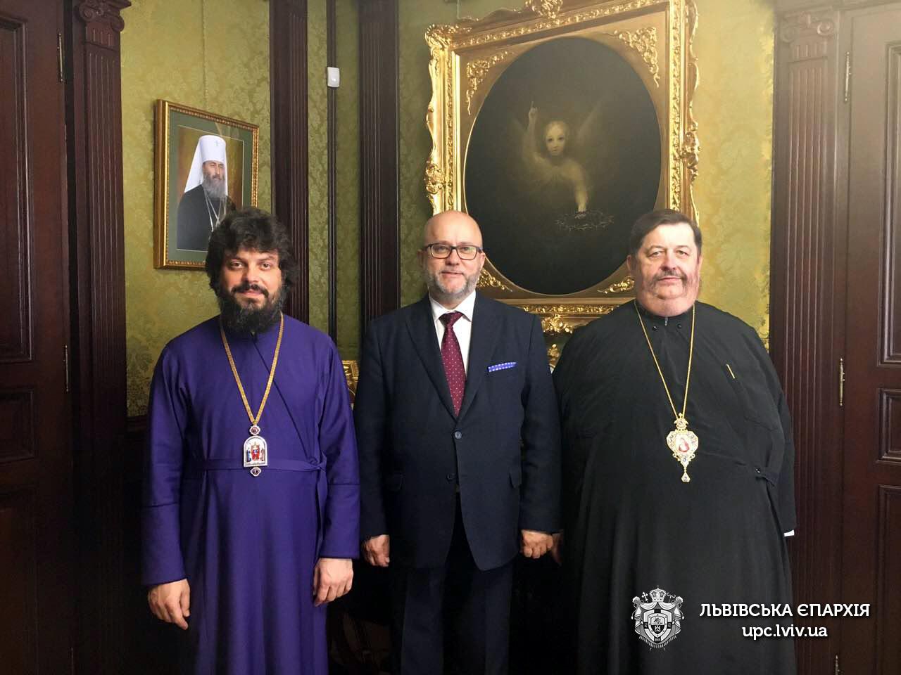 Єпископи УПЦ та Польської Православної Церкви обговорили з консулом Польщі стосунки між єпархіями двох країн