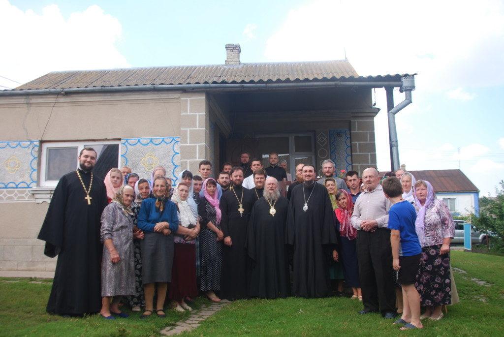 Архієреї Української та Польської Церков відвідали Волинь, аби підтримати парафію спірного храму