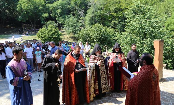 Архієпископ Російської єпархії Вірменської Апостольської Церкви відсвяткував у Криму 300-річчя єпархії