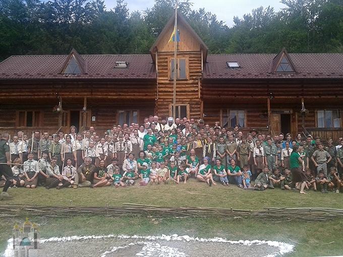 """Глава УГКЦ відвідав скаутський табір і закликав молодь и церкву """"разом працювати і йти в ногу"""""""