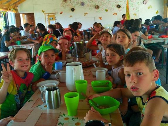 Протестанты из Одессы организовали лагерь для детей из зоны АТО