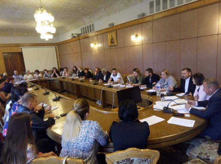 У Львівській обладміністрації працювали над схемою протидії алкоголізму та наркоманії