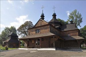 Івано-Франківський окружний адмінсуд визнав право УПЦ займати спірний храм