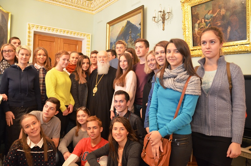 Патріарх Філарет на зустрічі з молоддю заявив про визнання наукою походження світу від Бога