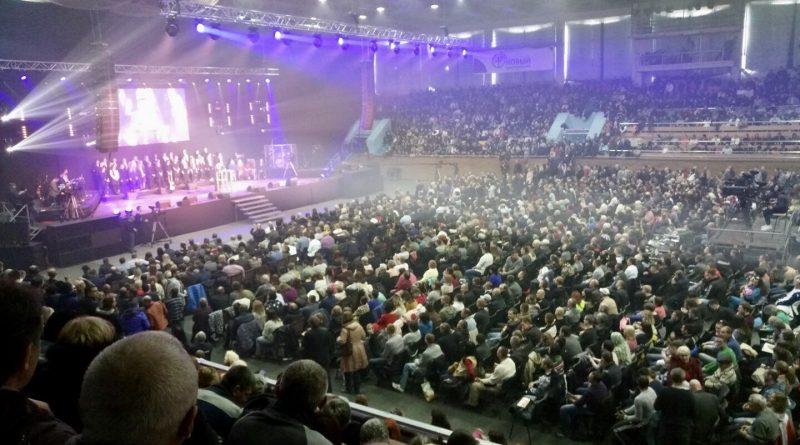 «Конференции помазания» в Харькове собрала 7000 участников
