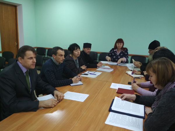 На Луганщині керівники районних держустанов і релігійних організацій домовились про співпрацю