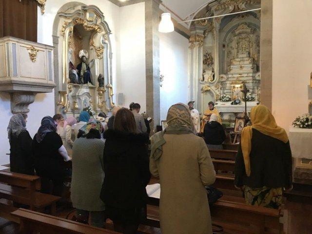 """В Австралії відкрили храм УПЦ КП, а в Португалії — сваряться через """"українську"""" церкву РПЦ"""