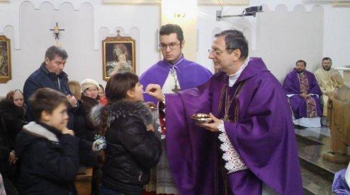 Апостольський нунцій вчергове відвідав католиків Донецька