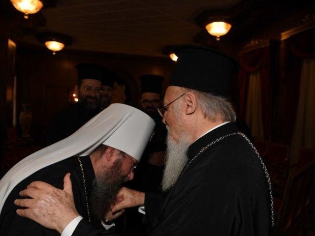 """Митрополит УПЦ і Новінський переконують Вселенського патріарха, що """"церковний розкол слід виліковувати, а не узаконювати"""""""