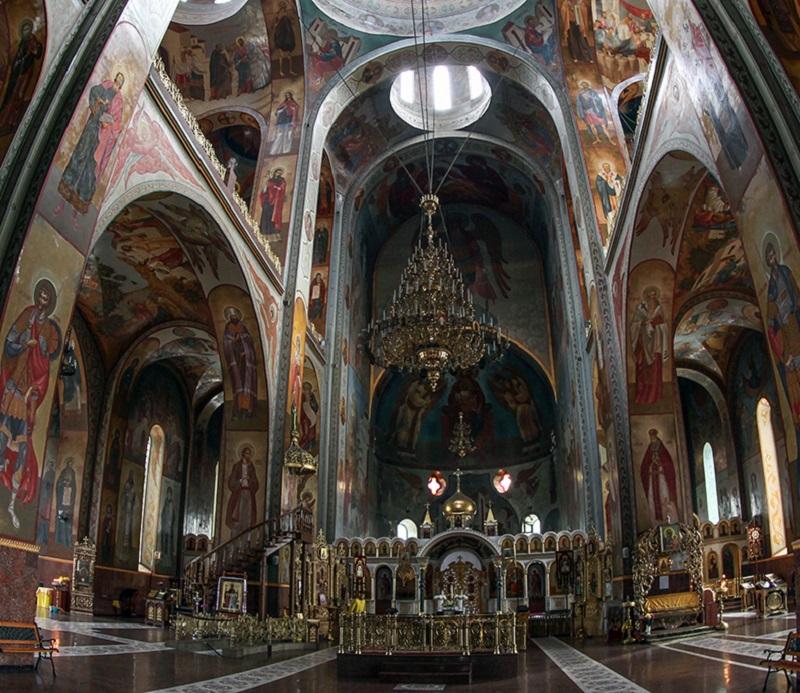 У Черкаській єпархії УПЦ масове оновлення святинь