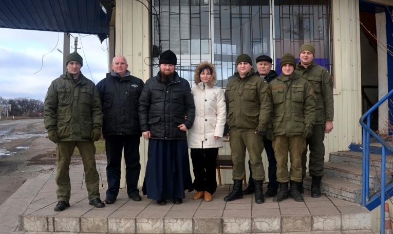 Священик УПЦ відвідав військових у зоні АТО