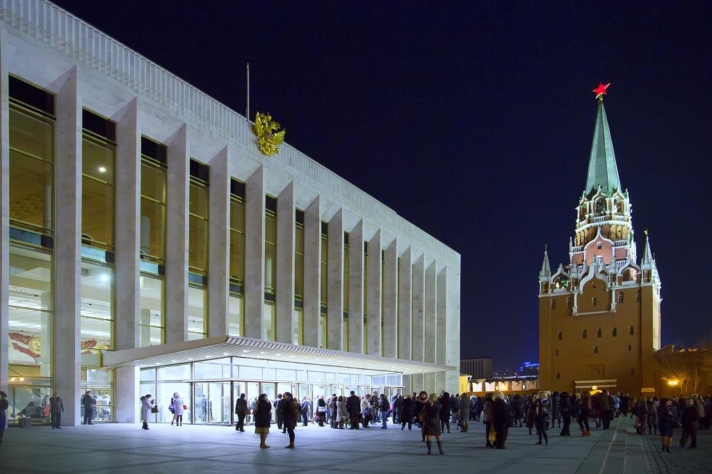 На крупнейшем форуме РПЦ ругают Украину и подсчитывают секты в «ЛНР»