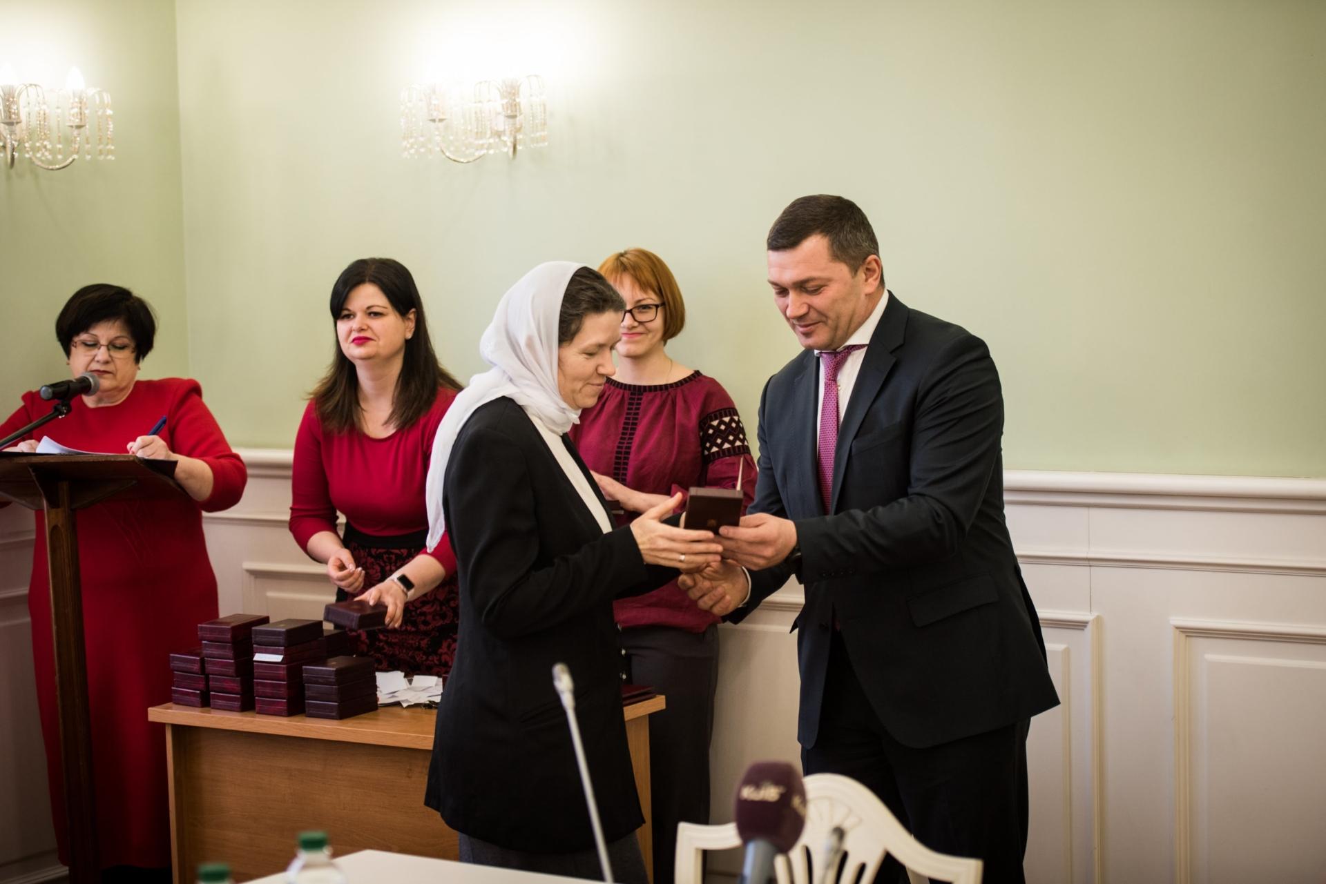 Дружині священика УПЦ присуджено звання «Мати-героїня»
