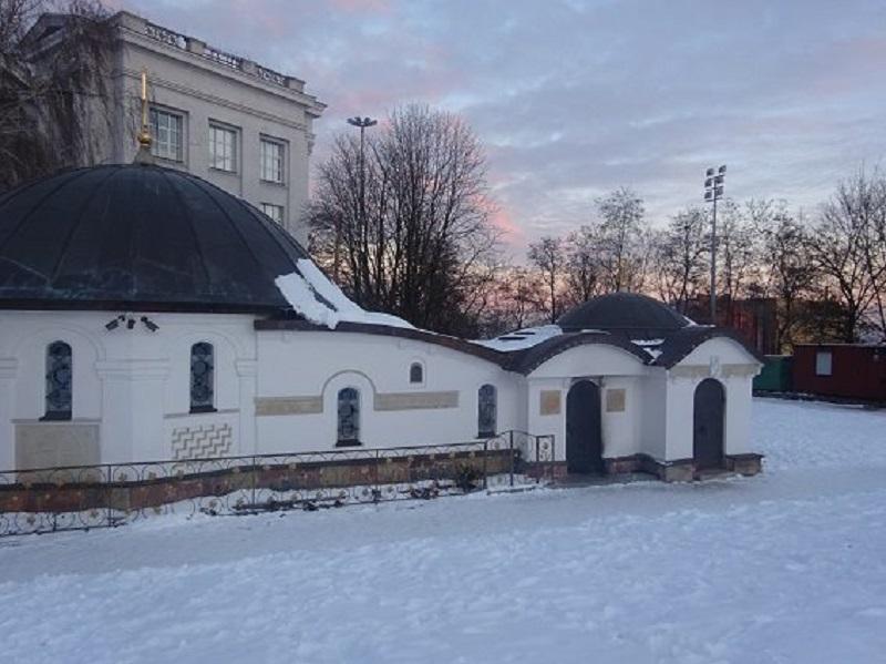 Районный суд Киева рассматривает дело о поджоге церкви УПЦ, незаконно установленной на месте Десятинной