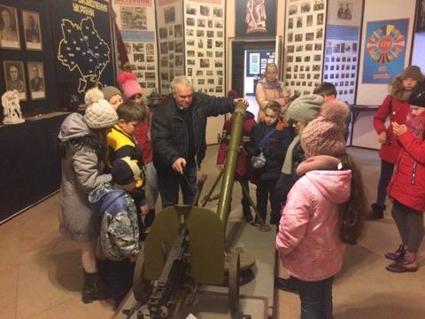 Мукачевская епархия УПЦ знакомит детей с боевой славой участников АТО