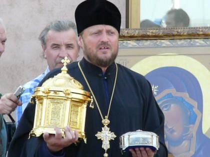 Чиновники жалуются на зловещие угрозы со стороны представителей Десятинного монастыря