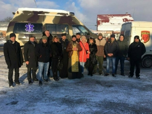 Представники УПЦ КП відремонтували реанімобіль для воїнів АТО і зустрілися з героєм України